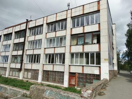 Окна библиотеки на втором этажеDSC02492
